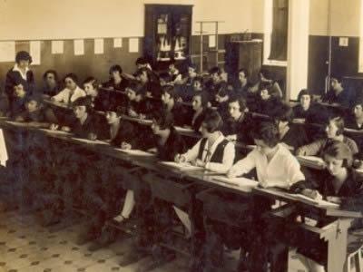 Öğretmen Okulları